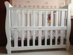 Box bayi athena putih simple