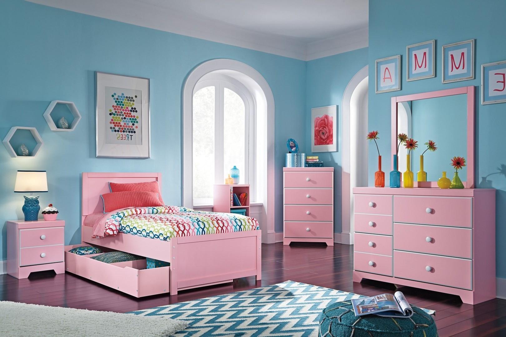 kamar tidur anak warna pink | sobat interior rumah