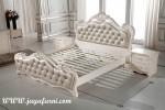 Tempat Tidur Ukir Mewah Putih BRS-022