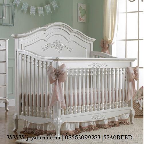Box bayi Klasik Ukir Kaki Gareng