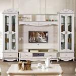 Bufet Tv Lemari Pajangan Kaca Desain Klasik