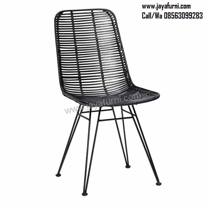 Kursi Cafe Besi Kombinasi Anyaman Rotan, kursi besi, kursi makan besi, kursi besi murah, kursi besi terbaru