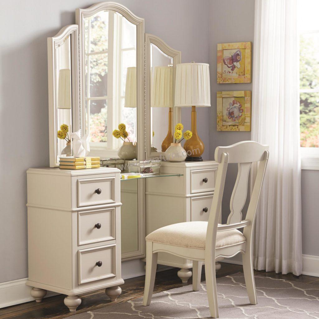 Meja Rias Cantik White Bedroom